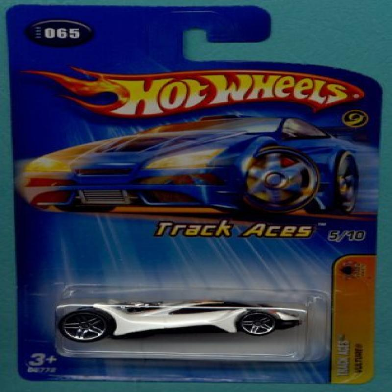 Mattel Hot Wheels 2005 1:64 Scale Track Aces White Vulture Die Cast Car #065