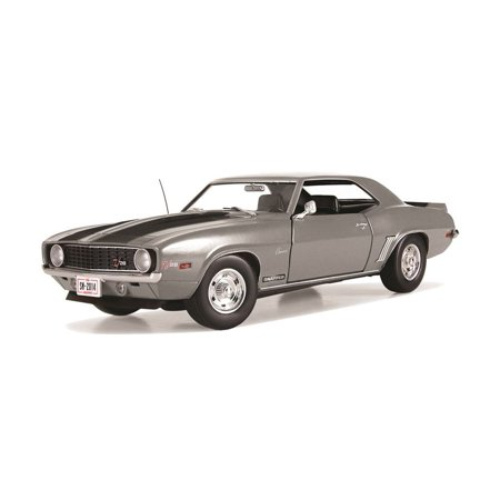 First Gear Snapper 1969 Chevrolet Camaro Z28 1/25 Scale Diecast Car