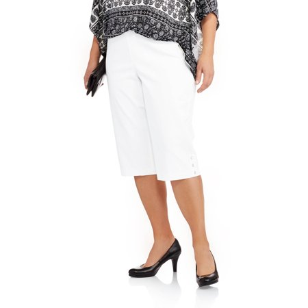 74bfb56e931 Just My Size - Women s Plus-Size Pull-On 17in Stretch Capris with Pearl  Button - Walmart.com