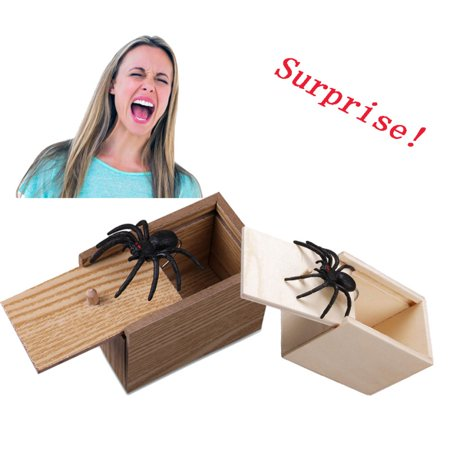 Surprise Animals Bite in Wooden Scare Box Prank Gift Funny Joke, Trick Spider/Scorpion/Millipede Toy Random Animals