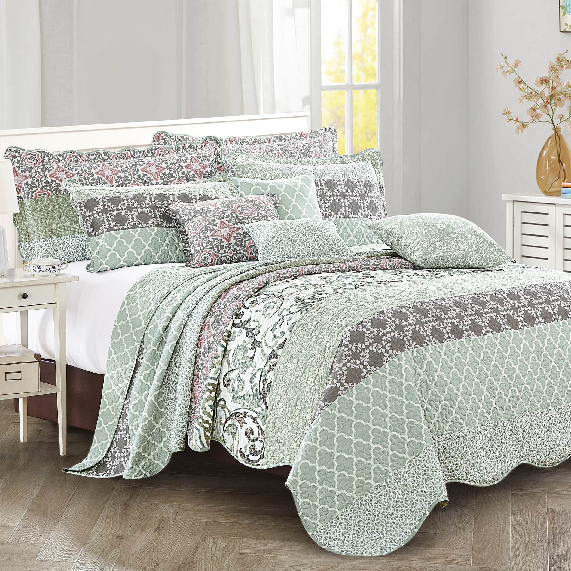 9 Piece Striped Bed Spread Set