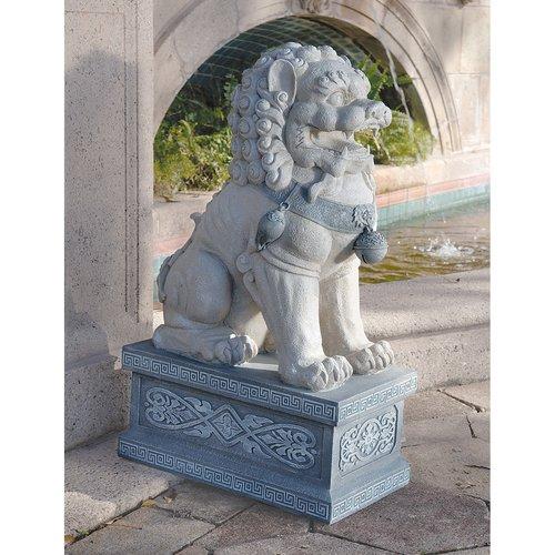 Design Toscano Giant Foo Dog of The Forbidden City Statue