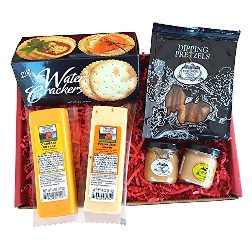 Wisconsin Cheese Company Specialty Gourmet Snack Gift Basket, 6 pc