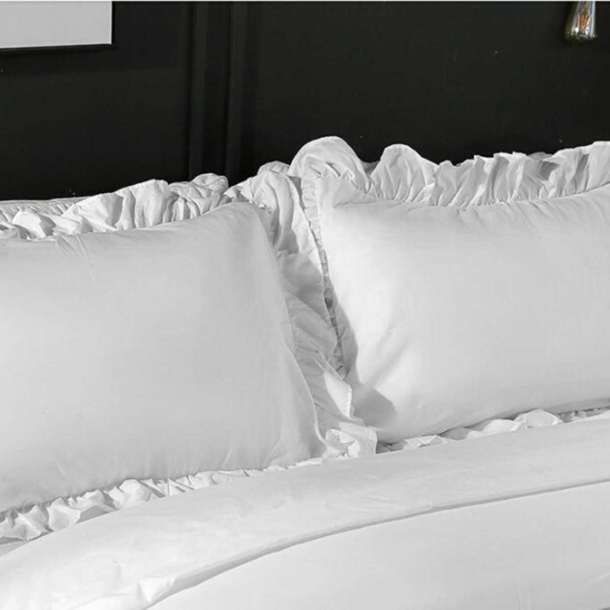 Multicolor Carolines Treasures BB7583PILLOWCASE Welcome Friends Black White Collie Fabric Standard Pillowcase Standard