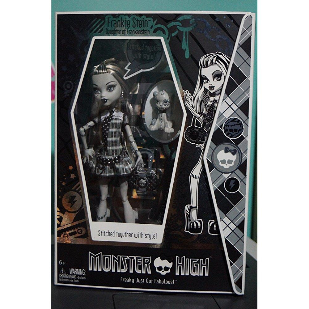 Mattel monster high exclusive black & white frankie stein...