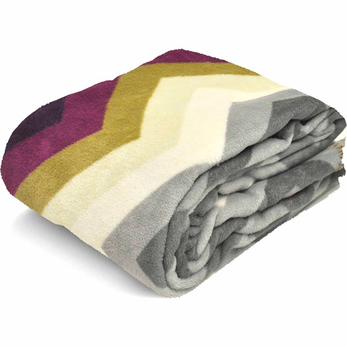 Mainstays Cozy Plush Fleece Throw Blanket, Warm Chevron