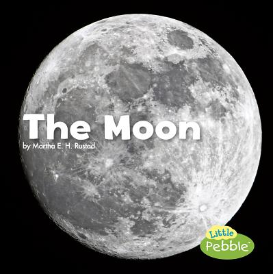 Space: The Moon (Paperback)