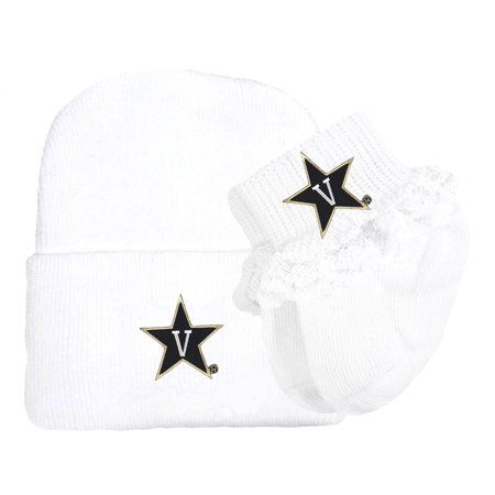Lace Layette Set (Vanderbilt Commodore Newborn Baby Knit Cap and Socks with Lace Baby Set)