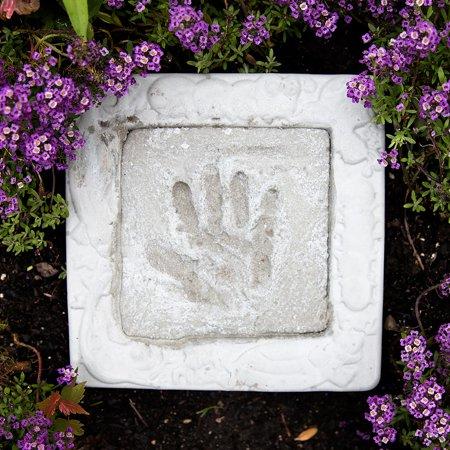 Milestones Garden Hand-Print Stepping-Stone Kit