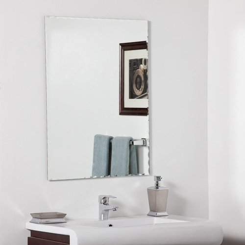 Decor Wonderland Madeline Modern Wall Mirror