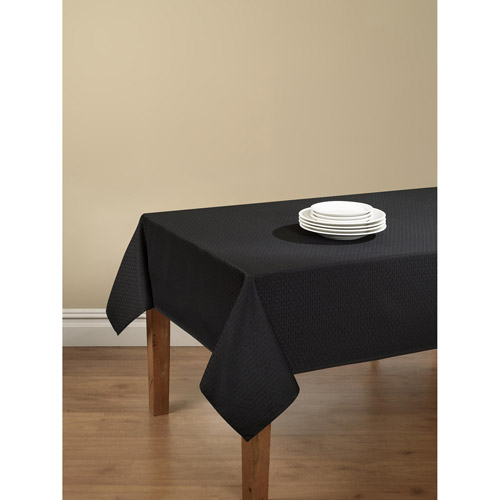 mainstays hyde tablecloth with table protector, black 102
