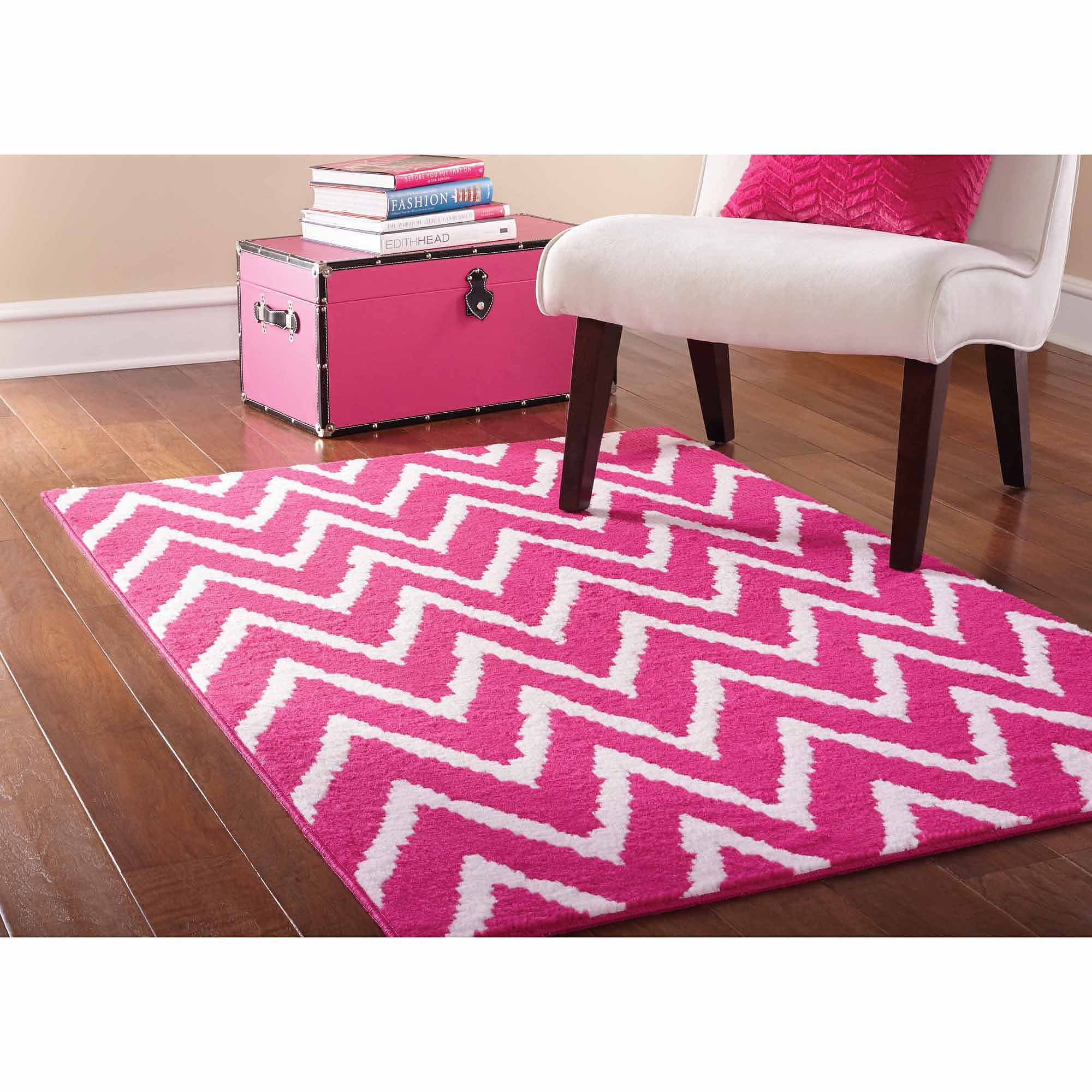 Mainstays Distressed Zig Zag Area Rug, Pink/White