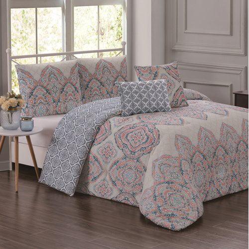 Bungalow Rose Southampton Reversible Comforter Set