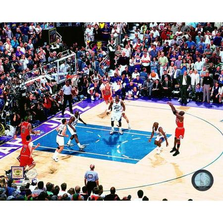 Michael Jordan game winning shot Game 6 of the 1998 NBA Finals Photo -