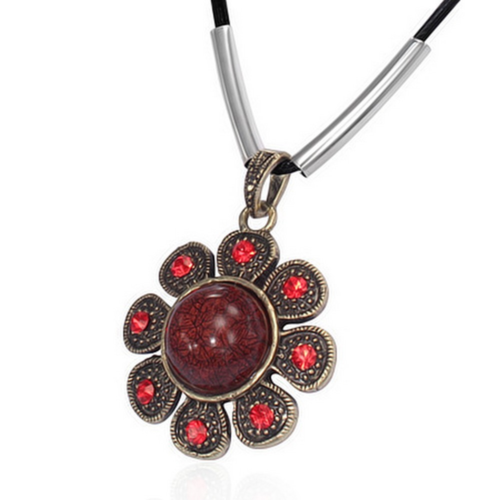 Fashion Alloy Scarlet Charm with Red Flower Black Chain Pendant Necklace