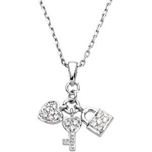 JewelryWeb Sterling Silver Youth Heart Lock and Key Penda...