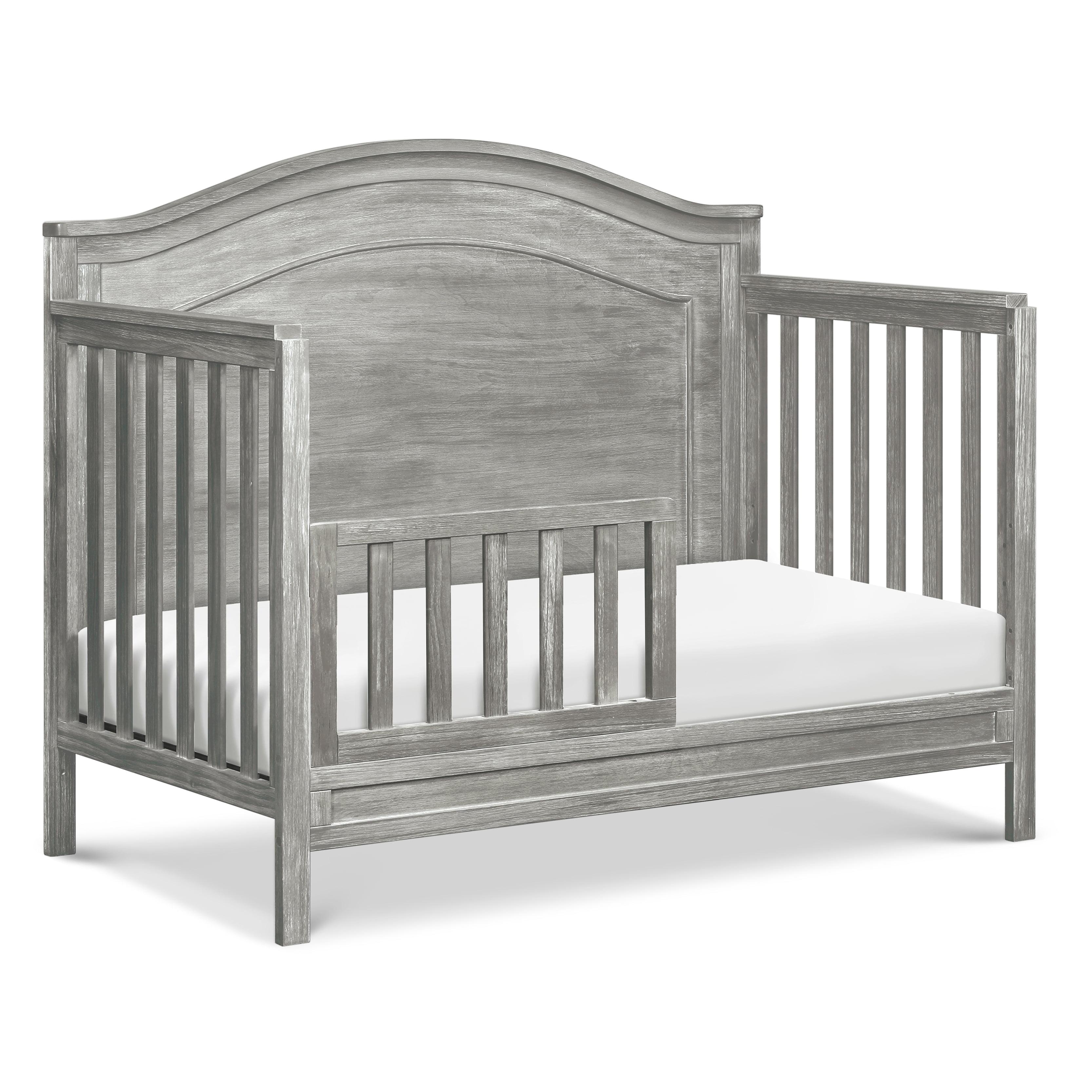 Rustic Pine DaVinci Charlie 4-in-1 Convertible Crib