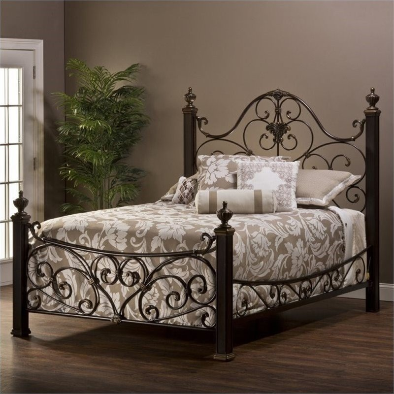 Bowery Hill Queen Metal Poster Bed in Aged Antique Gold