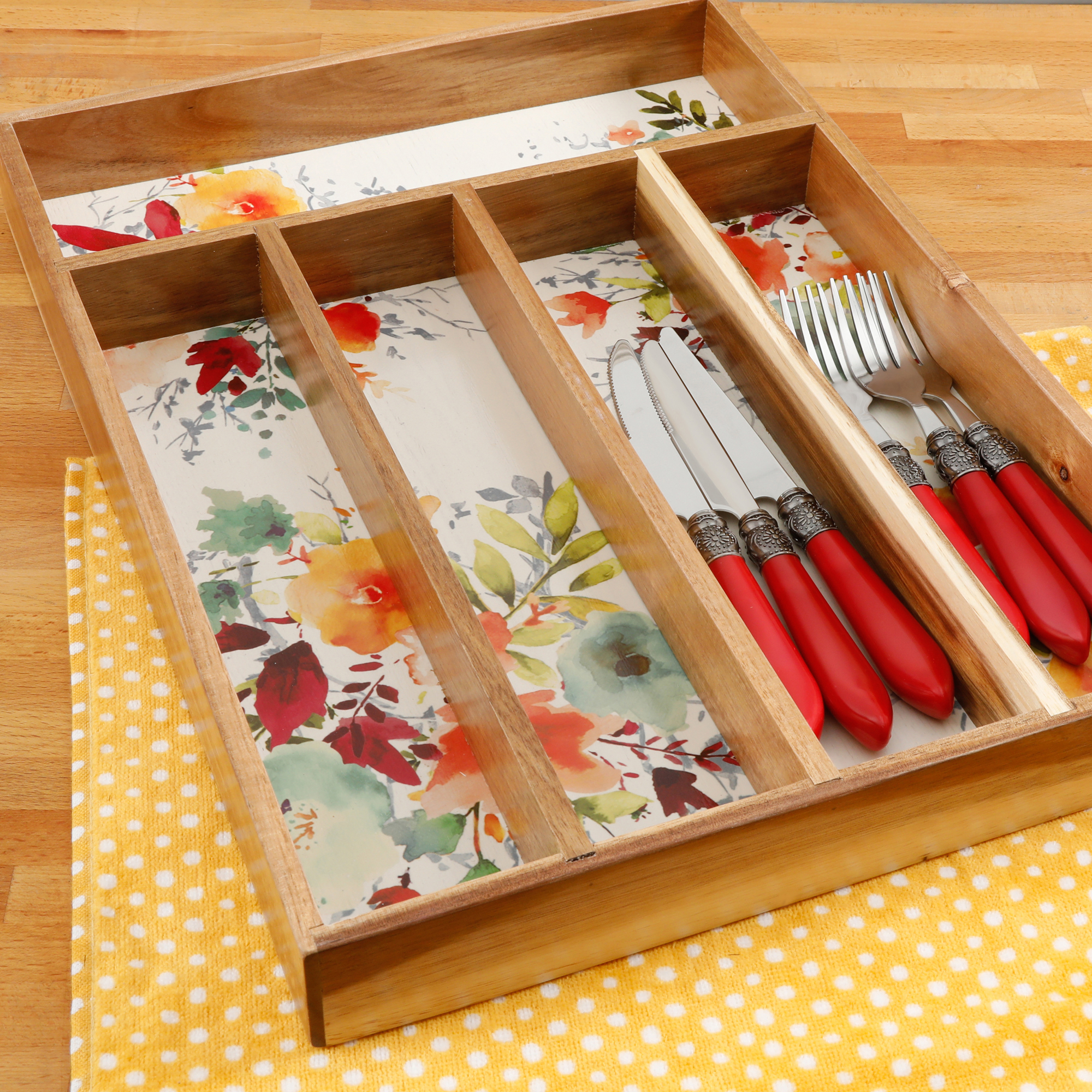 The Pioneer Woman Pioneer Willow 5-Section Cutlery Tray