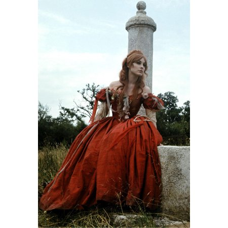 Sharon Tate 24X36 Poster In Medieval Costume (Sharon Tate Costume)