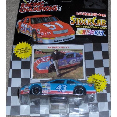 Nascar Racing Arcade - 1992 NASCAR Racing Champions . . . Richard Petty #43 STP 1/43 Diecast . . . Includes Collector's Card