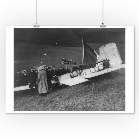 Louis Bleriot Lands Plane in Dover Photograph (9x12 Art Print, Wall Decor Travel Poster)