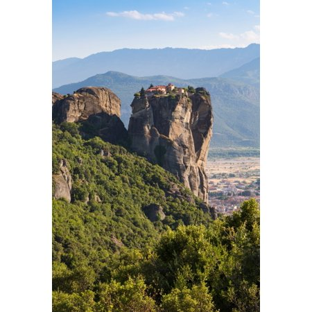 Meteora Thessaly Greece The Eastern Orthodox Holy Trinity Monastery (In Greek Agia Triada or Ay�as Triadhos or Ayia Triada) It is thought that the monastery was built between 1458 and 1476 Meteroa