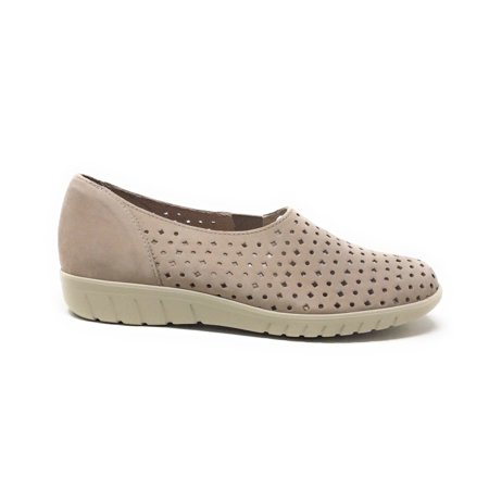Monroe Womens Shoes (Munro Womens Skipper Slip On Flat Perforated Shoe Stone Size 6 Wide)