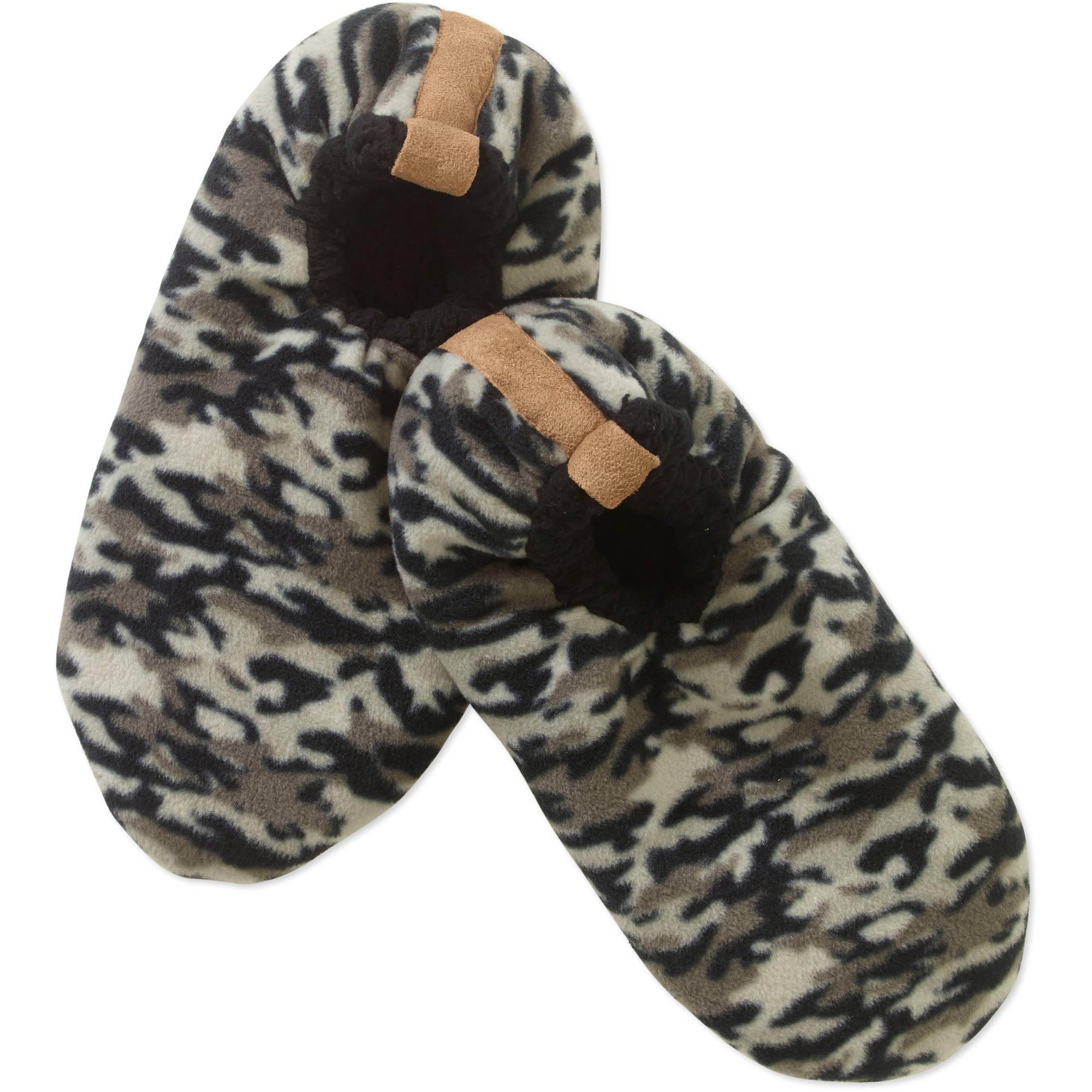 ec7bdfa43c42 Fuzzy Babba Slipper Sock Camo Black