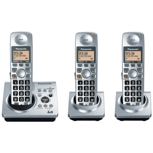 Panasonic DECT 6.0-Series 3-Handset Cordless Phone System with Answering System (KX-TG1033S)