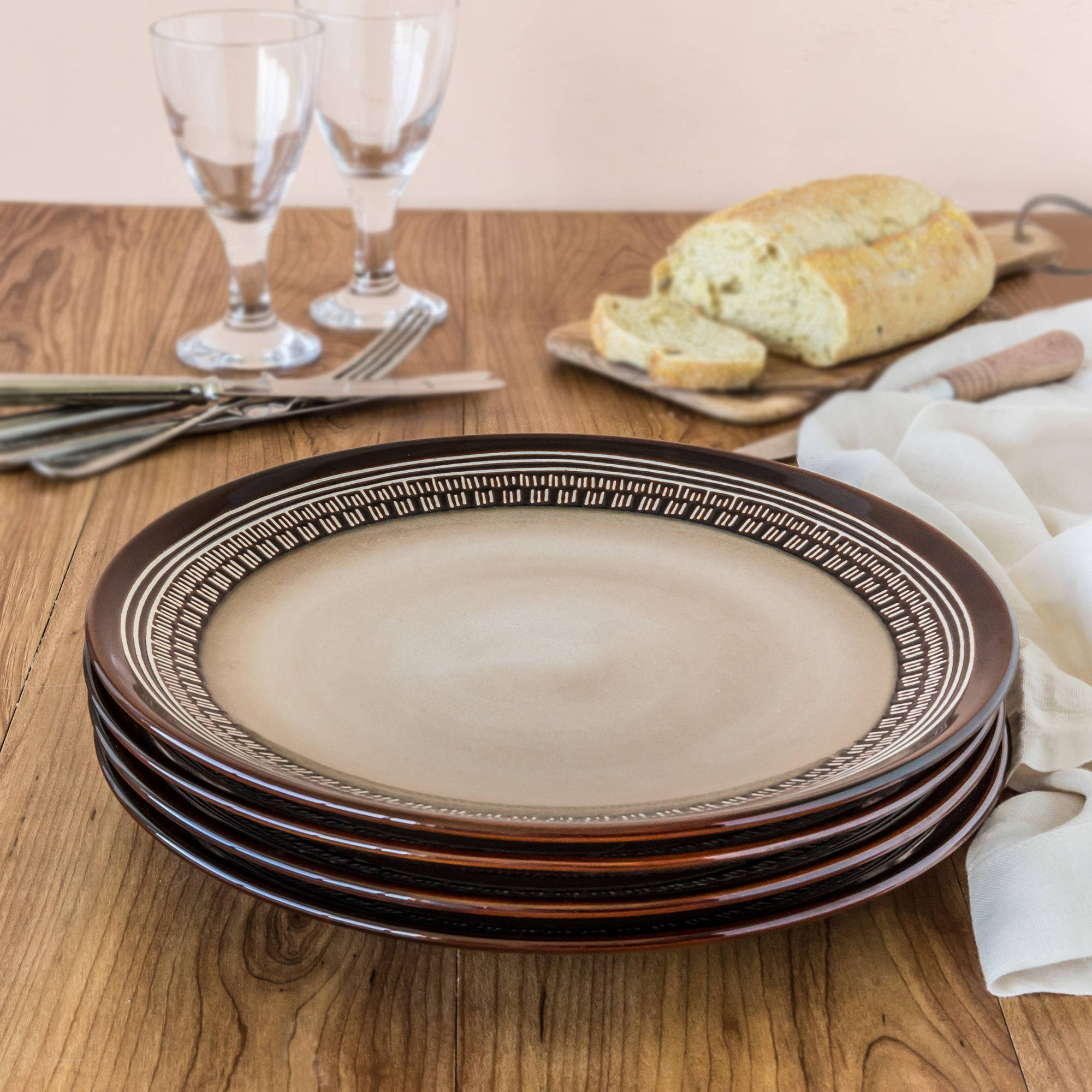 Better Homes and Gardens Brown Medallion Dinner Plates set of 4 & Better Homes and Gardens Brown Medallion Dinner Plates set of 4 ...
