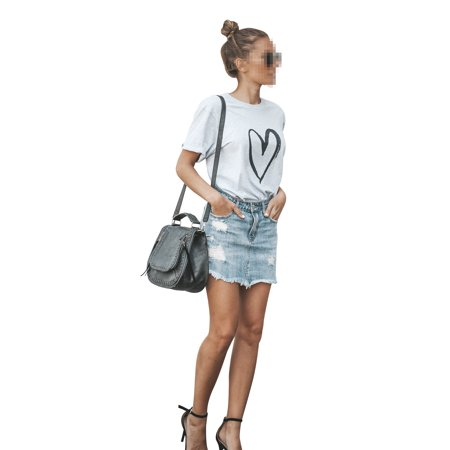 Short Sleeve Crew Neck T Shirts for Women Casual Loose Blouse Love Heart Printed Tops Round Neck Summer T-shirt