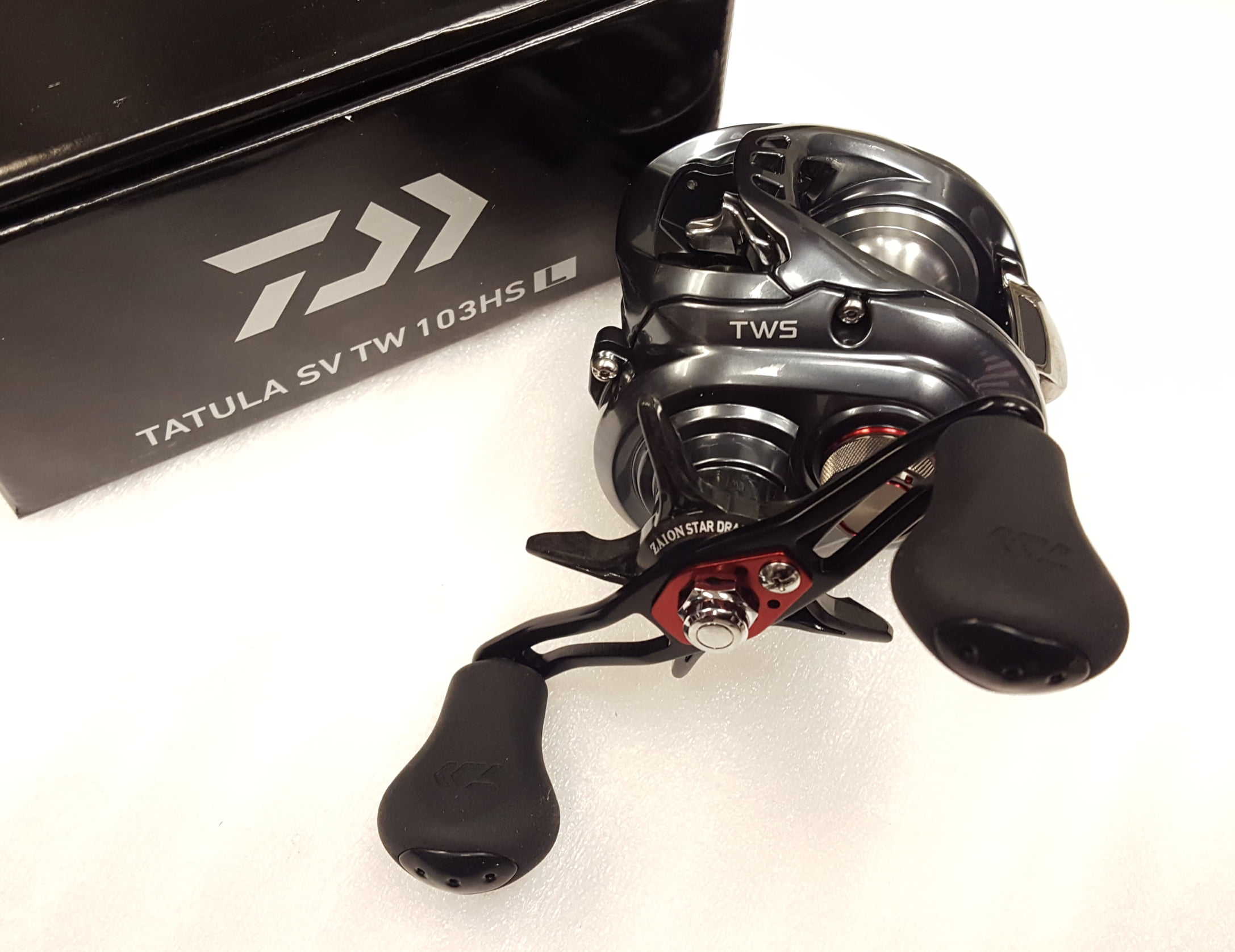 Click here to buy Daiwa Tatula SV TW 103HSL 7.3:1 Baitcast Left Hand Fishing Reel TASV103HSL by Daiwa.