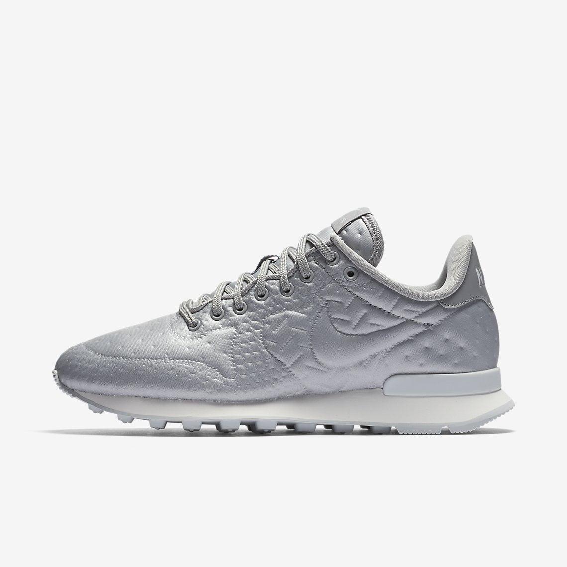 best cheap d4168 d0a71 ... promo code for nike internationalist se sneaker womens 42991 a8604