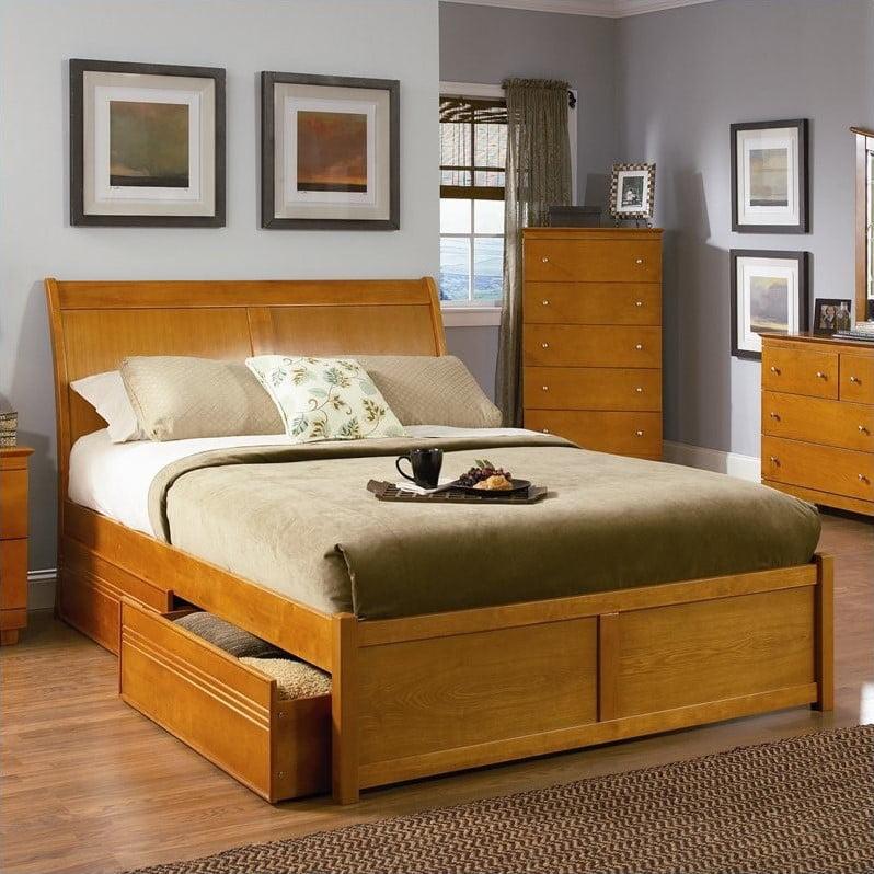 Atlantic Furniture Bordeaux Platform Bed with Flat Panel Footboard in Caramel Latte by Atlantic Furniture