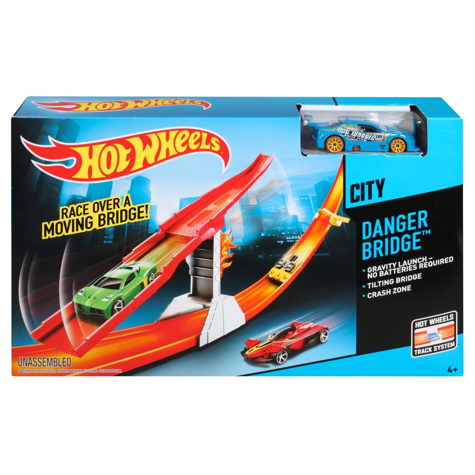 Hot Wheels Danger Bridge Track Set
