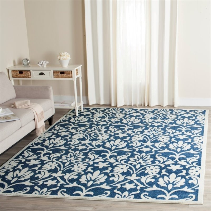 Safavieh Amherst 6' X 9' Power Loomed Rug in Navy and Ivory - image 1 de 3