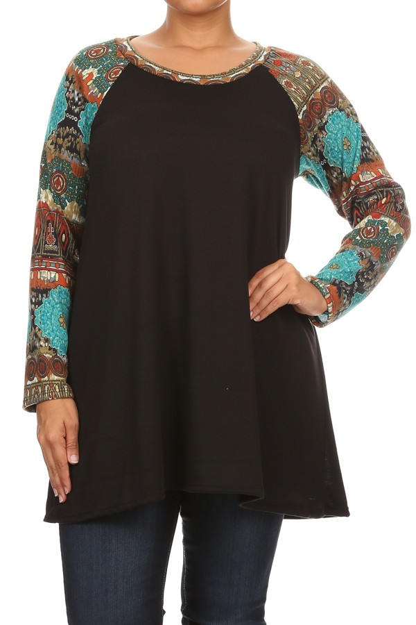Women's PLUS trendy style ,raglan contrast sleeves solid body top.