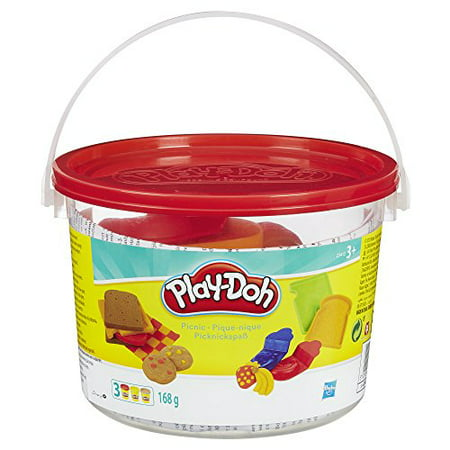 Play-Doh Picnic Bucket Food Set with 3 Cans of Dough, 5 + Tools & Storage Bucket