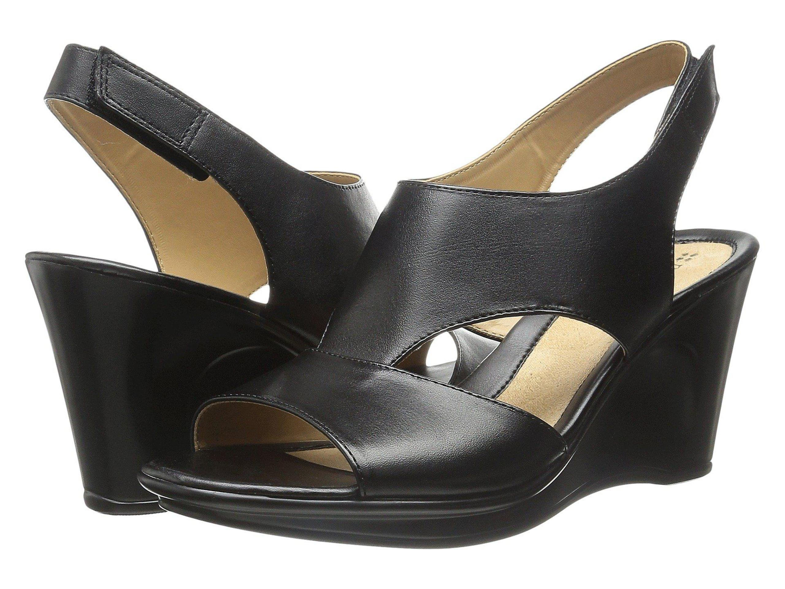 Naturalizer Womens Orrin Leather Open Toe Casual Platform Sandals by Naturalizer