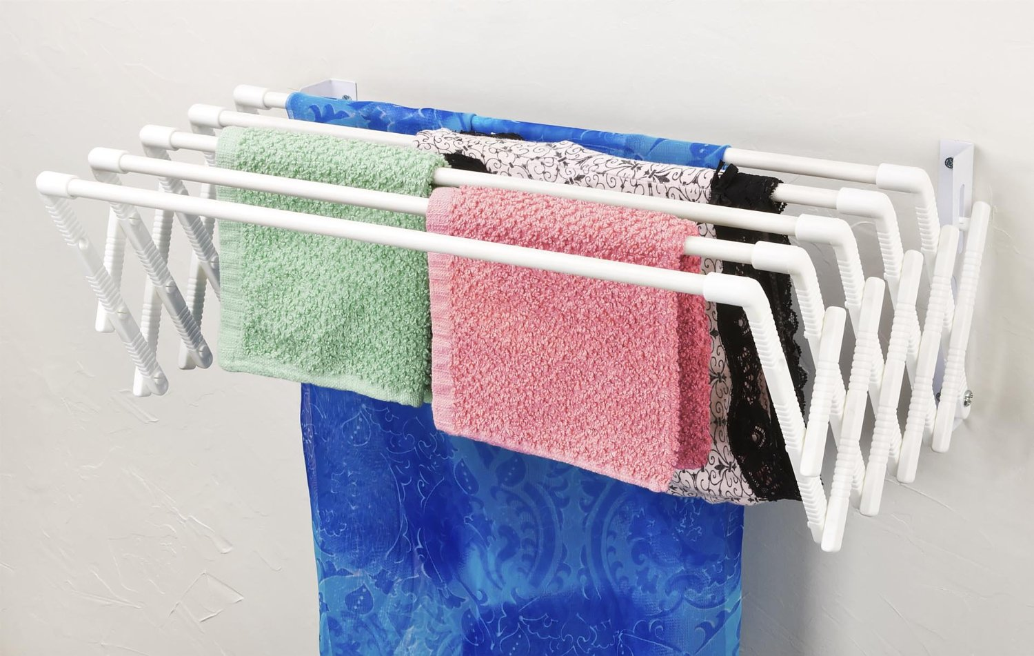 expandable wall mountable clothes drying rack