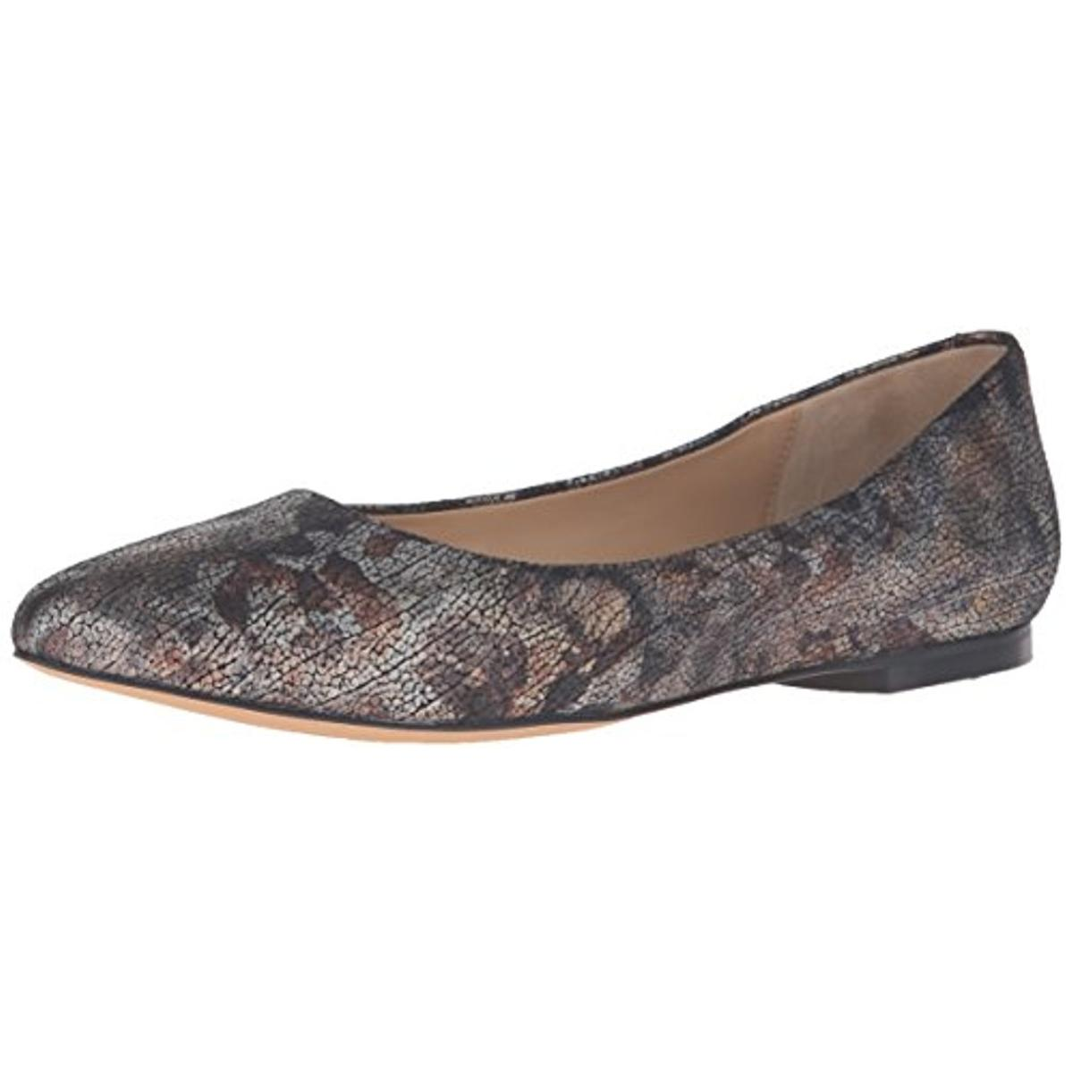 Women's Trotters Estee Economical, stylish, and eye-catching shoes