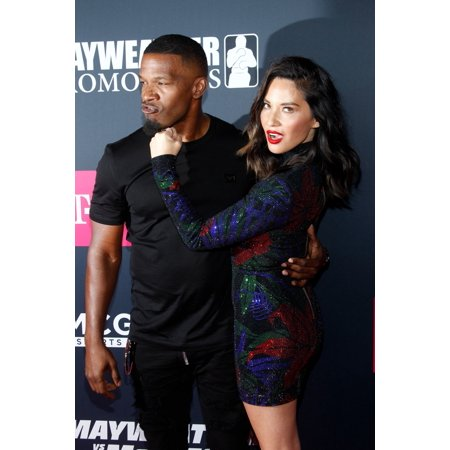 Jamie Foxx Olivia Munn At Arrivals For ShowtimeS Mayweather Vs Mcgregor Pre-Event Vip Party Red Carpet T-Mobile Arena Las Vegas Nv August 26 2017 Photo By JaEverett Collection Celebrity - Halloween Events Las Vegas 2017 For Kids