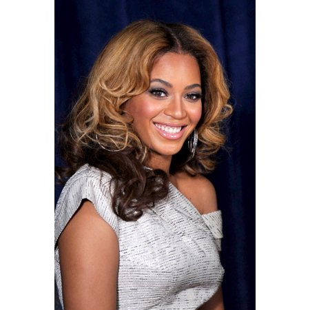 Beyonce Knowles At A Public Appearance For The Beyonce Cosmetology Center Grand Opening Phoenix House Residential Rehab Clinic Brooklyn Ny March 5 2010 Photo By Kristin Callahaneverett Collection Phot
