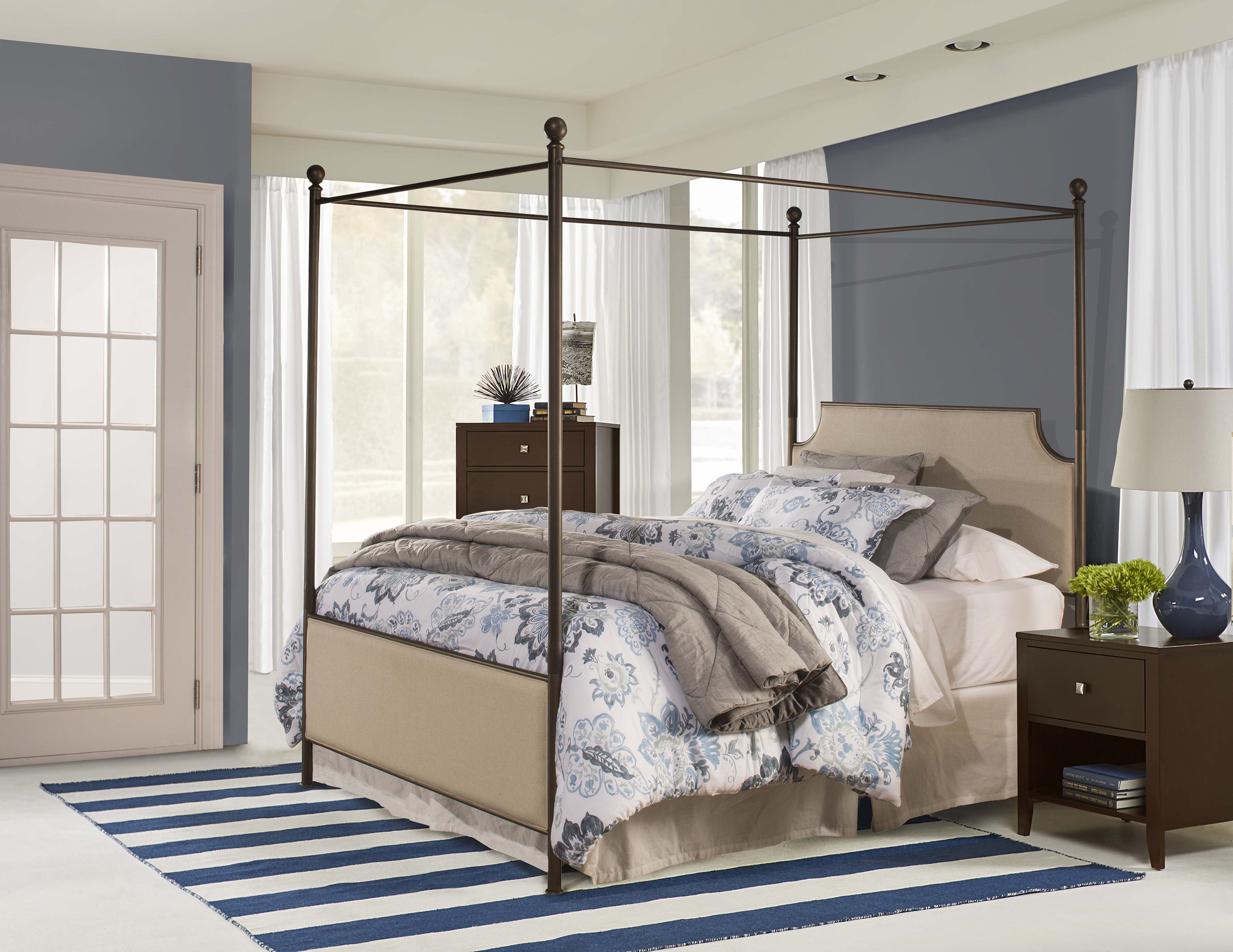 Hillsdale Furniture McArthur Canopy Bed, Multiple Sizes by Hillsdale Furniture