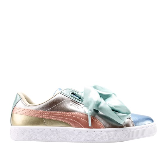 the latest 268d1 97d6e Puma Women's Basket Heart Bauble Silver Ankle-High Leather Fashion Sneaker  - 9M