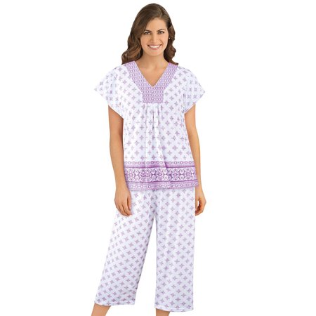 - Women's Border Floral Print Capri Pajama Set with Short Sleeve V Neck Shirt, Comfy Lounge and Sleeping Apparel, Large, Lilac