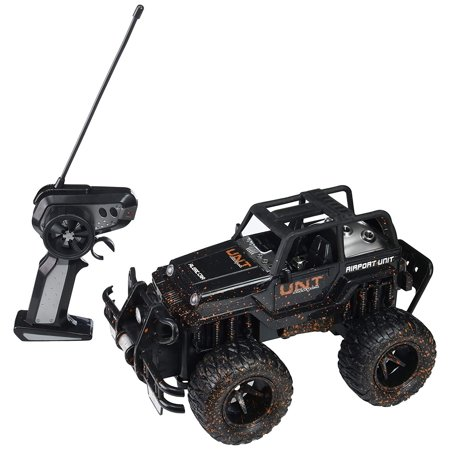 Mud Monster Jeep Wrangler Convertible Electric RC Off-Road Truck 1:16 Scale RTR w/ Working Headlights, Custom Mud Splatter Paint Job (Colors May Vary) - Halloween Monster Mud Run