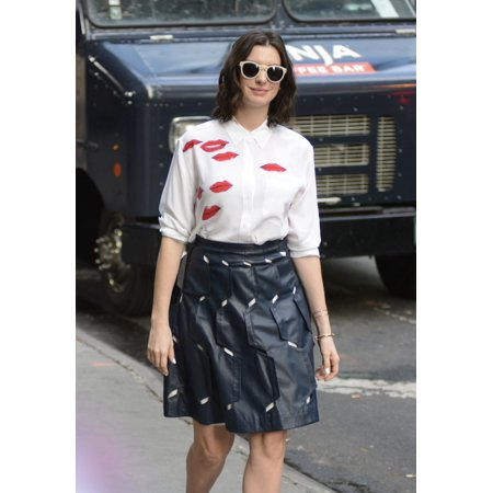 Anne Hathaway At Good Morning America Out And About For Celebrity Candids - Wed  New York Ny September 23 2015 Photo By Derek StormEverett Collection - 2017 Good Morning America Halloween