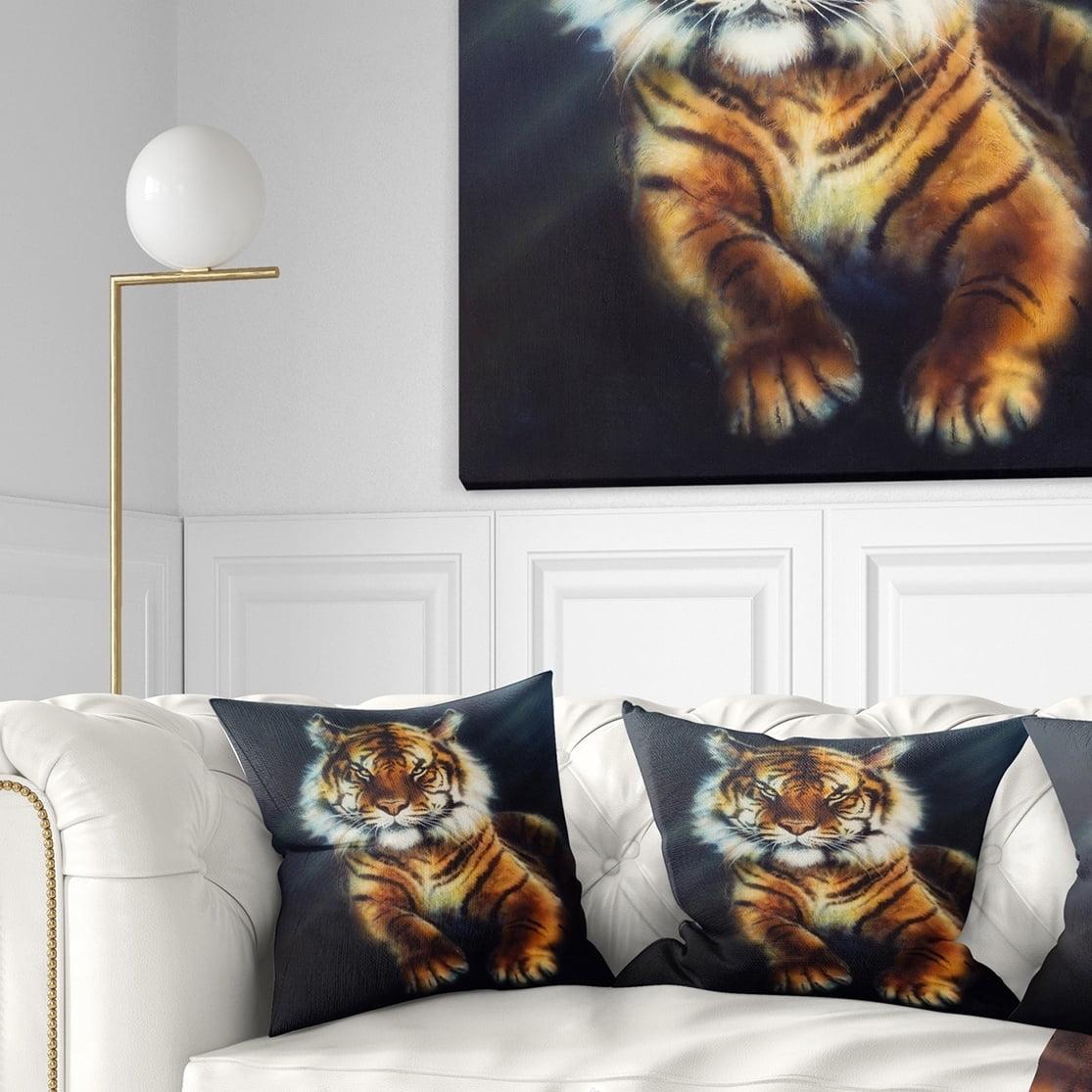 Design Art Designart Mighty Tiger Animal Throw Pillow Walmart Com Walmart Com